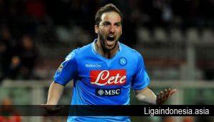 AS Roma Gelar Negosiasi dengan Agen Gonzalo Higuain